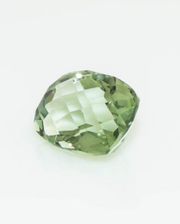 green tourmaline (1 of 1)