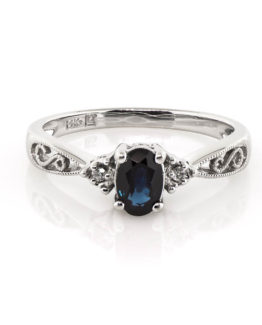 sapphire ring (1 of 1)-2